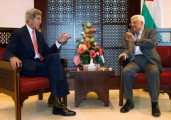 US Secretary of State Kerry Threatens Abbu Mazen With a Delay in the Coming Release of Palestinian Prisoners From Israeli Jails